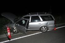 Zřejmě vinou nepřizpůsobení rychlosti havaroval řidič ve středu v noci nedaleko Koryčan.