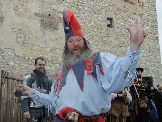 Na Historických dnech na tvrzi v Kurovicích vystoupilo šestnáct uměleckých skupin.
