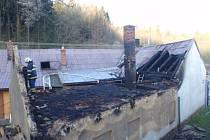 Požár přístavby ve Chvalčově