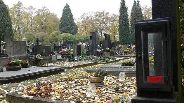 Dušičky na kroměřížském hřbitově