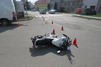K dopravní nehodě motorkáře museli minulý pátek 18. srpna krátce po třetí hodině odpoledne vyjíždět dopravní policisté v Morkovicích.