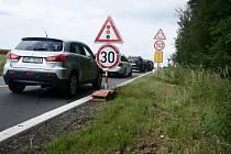 Práce na silnici za Bystřicí pod Hostýnem 9. 7. 2020.