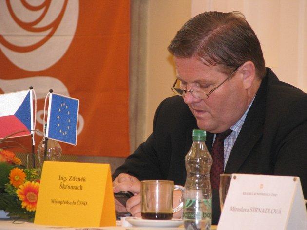 Krajskou konferenci ČSSD hostil v sobotu 20. června 2009 holešovský zámek. Cílem sjezdu sociálních demokratů bylo vytvořit kandidátku do Poslanecké sněmovny za Zlínský kraj.