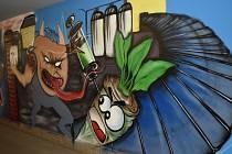 Grafiti v hulínském vlakovém podchodu.
