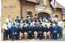 členové sboru. Sbor dobrovolných hasičů ve Zdislavicích má už dlouholetou tradici. Příští rok oslaví 90 let.