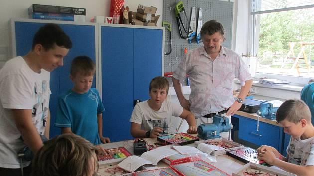 Holešovské SVČ TYMY pořádalo letní tábor Léto s robotikou.