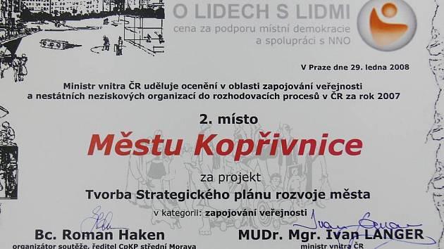 Druhé místo v soutěži, nazvané O lidech s lidmi, získalo město Kopřivnice za tvorbu svého strategického plánu.