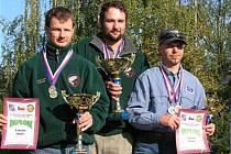 Zleva druhý Tomáš Adam, zlatý Filip Apjár a bronzový Antonín Plešek.