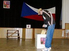 Volby v okrese v pátek 15. října.