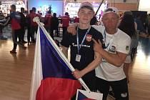 Na mistrovství světa v armwrestlingu budou Nový Jičín reprezentovat Jaromír Bělunek (vpravo) a Adam Číp.