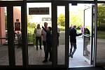 Zájem o volby do Poslanecké sněmovny Parlamentu ČR byl v Novém Jičíně ve volebních místnostech na Štefánikově ulici od prvních minut.