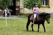Country odpoledne u koní na Jarošově statku ve Studénce.