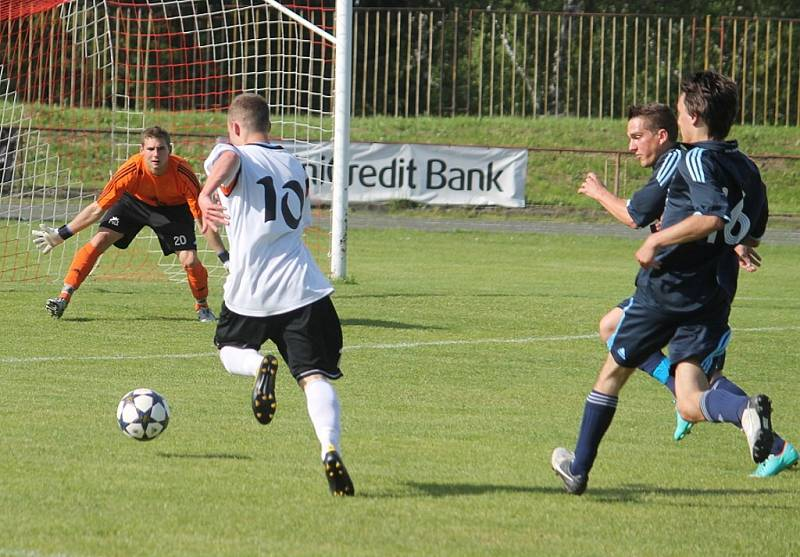 Snímky z utkání FK NOVÝ JIČÍN – REAL LÍSKOVEC 0:0.