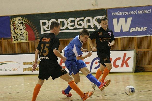Marcel Rodek (v modrém)