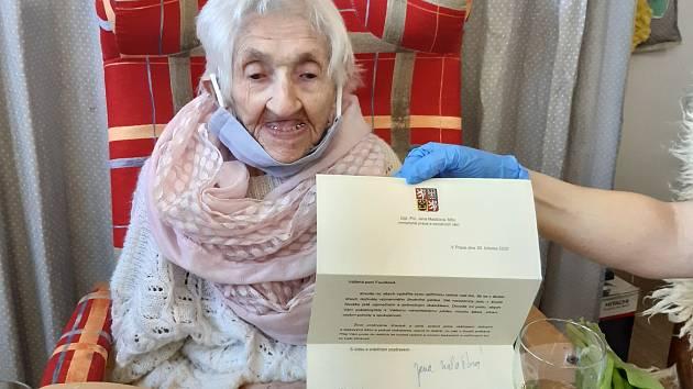 Oslava 100. narozenin v OAZE