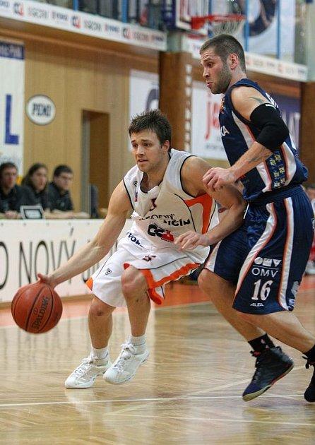 Rozehrávač Matej Venta ze Slovinska se po letošní sezoně rozloučil s Novým Jičínem. Od nové sezony bude nastupovat za Nymburk.