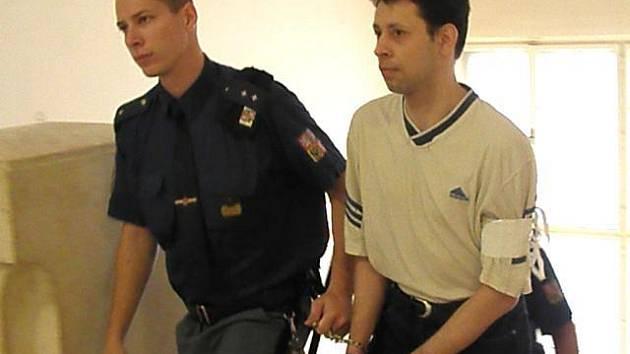 Martinu Stoklasovi hrozí až šestnáct let vězení.