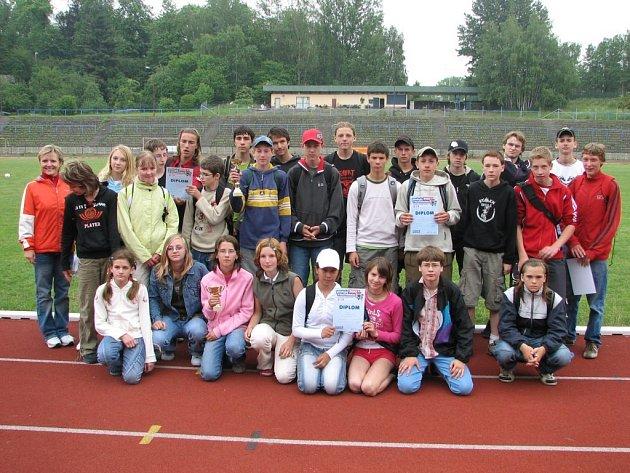 Žáci základní školy Starý Jičín zvítězili v krajském finále Poháru Rozhlasu ve Frýdku–Místku.