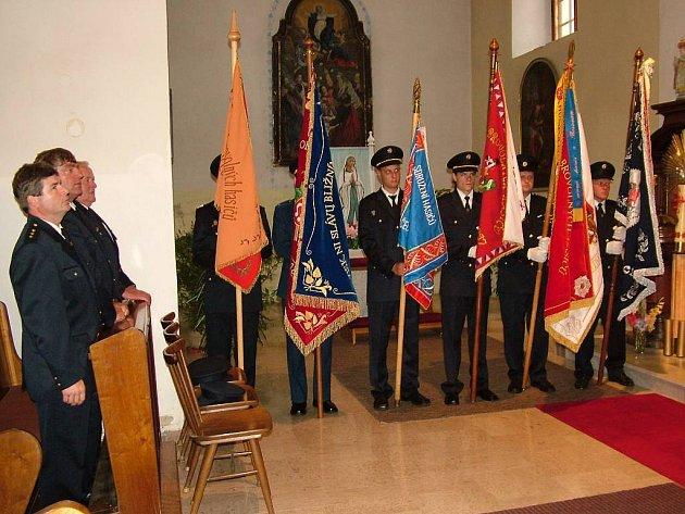 Výškovičtí hasiči slavili výročí.