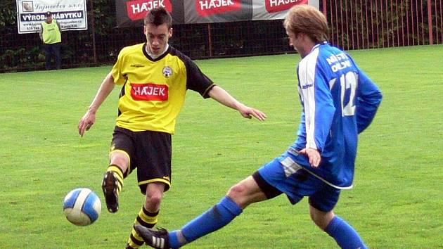 Hájek a synové Jakubčovice hostili ve 27. kole Moravskoslezské divize, skupiny E, tým FK Slavia Orlová-Lutyně.