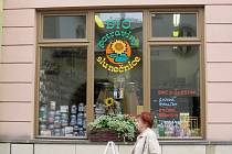 Fair-tradové potraviny lze například v Novém Jičíně zakoupit v této prodejně.