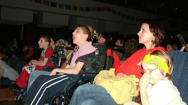 Přehlídka umělecké tvorby handicapovaných dětí Motýlek.