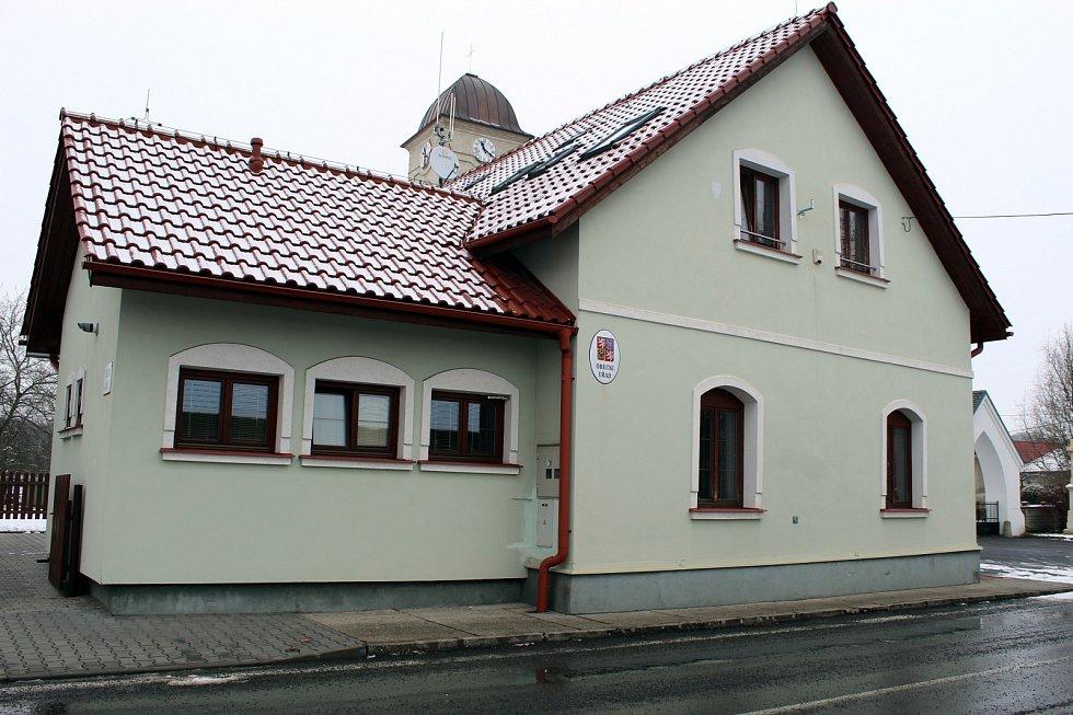 V Mošnově v jediné obci na Novojičínsku, se volební zisk Miloše Zemana přehoupl přes šedesát procent.