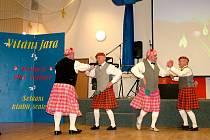 Setkání Klubů  důchodců v Sedlnicích přináší nejen řadu cenných  informací pro zú- častněné, ale také  málokdy vídanou  zábavu.