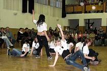 Zejména o tanci byla letošní přehlídka Suchdolské Odvaž se!, která se uskutečnila v sobotu 2. dubna v sále Kulturního domu v Suchdole nad Odrou.