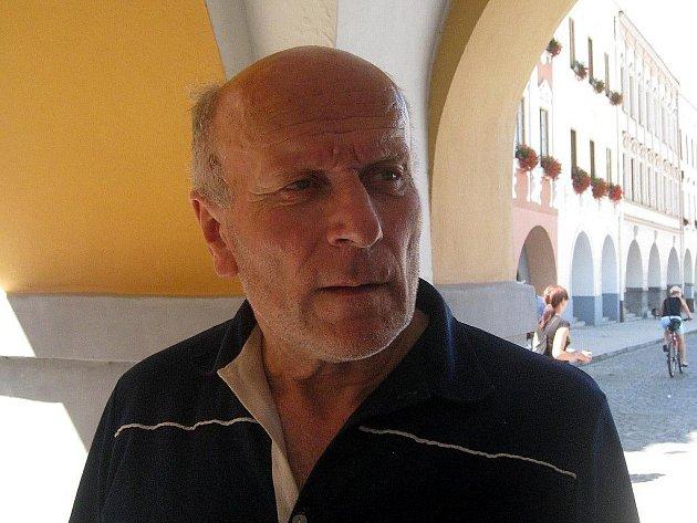 Vlastimil Chlapík, 64 let, Nový Jičín