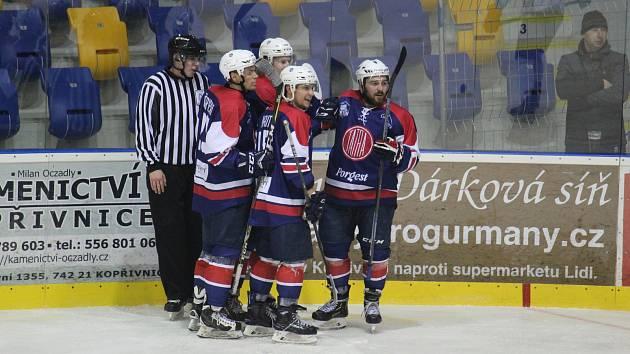 Druhá výhra v řadě. Po Žďáru nad Sázavou se Kopřivnici povedlo vyhrát také na ledě Moravských Budějovic.