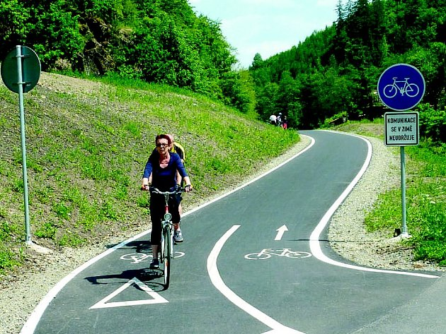 Cyklotrasy budují města napříč celou zemí.