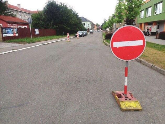 Z důvodu bezpečnosti provozu se změní dopravní režim v Novém Jičíně v blízkosti dvou základních a jedné speciální školy.