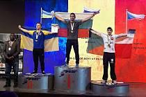 Jaromír Bělunek a jeho svěřenec Adam Číp přivezli do Nového Jičína bronzové medaile z mistrovství světa v armwrestlingu.