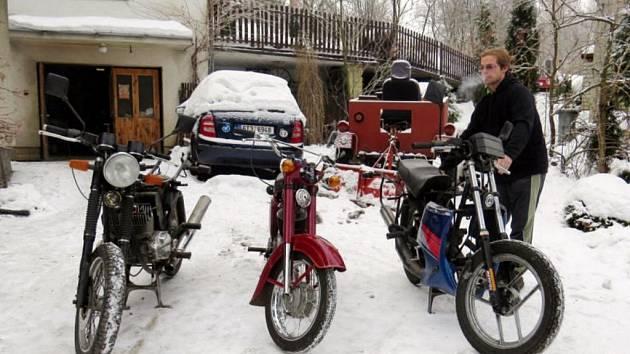 V současné době se bratři Badačové připravují na cestu do Afriky.