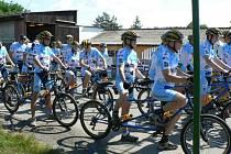 Na start Farm Tour, který byl pátým závodem Slezského poháru, se v sobotu v Hlubočci postavilo 80 cyklistů.