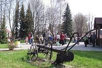 Nové muzeum, mapující život na venkově a zemědělství, bylo slavnostně otevřeno 16. dubna za přítomnosti obyvatel obce i turistů.