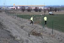 Snímky tragické nehody, která se stala 6. března 2019 na 317,5 kilometru, 150 metrů před čerpací stanicí Shell, u obce Vražné.