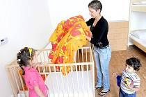 Loni v létě byl azylový dům otevřen ve Slezské Ostravě. Terezie Sinuová (na snímku) bojuje v zařízení s rakovinou prsu.
