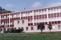 Mateřská škola U Sýpky ve Fulneku, která má momentálně dvě ředitelky.