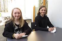 Arwen Gaia Hubálková a Štěpán Ondřejka z Frenštátu pod Radhoštěm jsou mezi 34 dětmi, jejichž ilustrace jsou v nové knize J. K. Rowlingové.