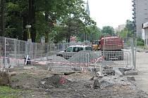Asi nikdy nebyla Kopřivnice tak rozkopaná jako v posledních měsících. Jedna rekonstrukce či stavební akce navazuje na druhou.