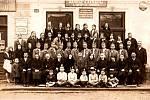 Vedle jednoty Sokola působil ve Starém Jičíně také Orel. Snímek je z roku 1930.