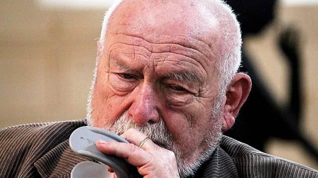 Olbram Zoubek se po mnoha letech podíval do Fulneku, aby si připomněl své umělecké začátky.
