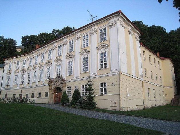 O případné využití Knurrova domu na náměstí ve Fulneku jednali na svém posledním zasedání tamní zastupitelé.