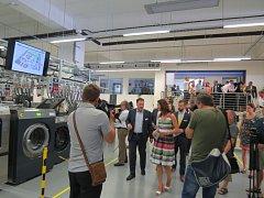 Společnost Alliance Laundry (dříve Primus) slaví 25 let působení v České republice. U této příležitosti otevřela v Příboře nové výzkumné a vývojové centrum.