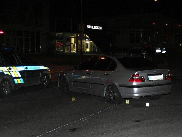 Za najíždění na policistu dostal podmínku, zákaz řízení auta a ještě přišel osvé BMW, kterým najížděl na policistu, ten jej chtěl zastavit vdubnu vKopřivnici. Tehdy nepřiměřenou rychlostí projížděl Kopřivnicí, navíc byl pod vlivem drog.