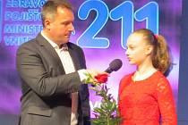 Krasobruslařský klenot FSC Kopřivnice Klára Štěpánová obhájila prvenství ve čtenářské anketě a znovu po roce se stala Sportovní hvězdou Deníku.