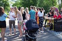 Charitativní akci Snídej pro děti 2019 pořádal v pondělí 3. června časopis Gymplátek.