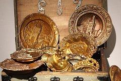 Výrobky, které vznikly v Tatře, většinou jako melouchy, ukazuje výstava v Příboře.